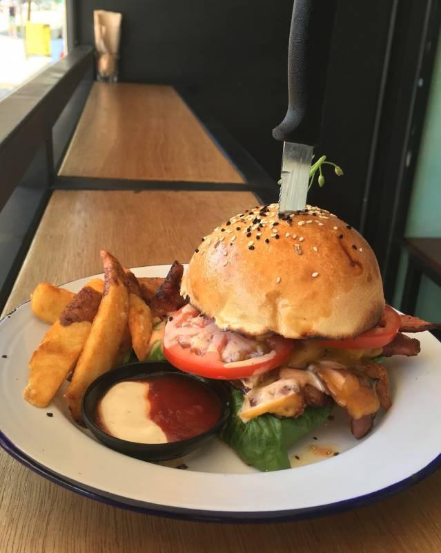 Burgers in Darwin